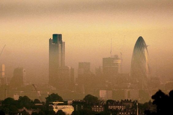 Air Pollution clouding the London skyline